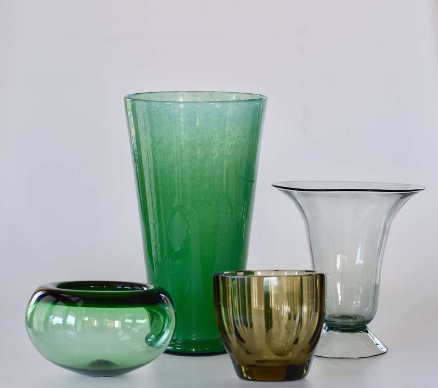 20TH. CENTURY GLASS