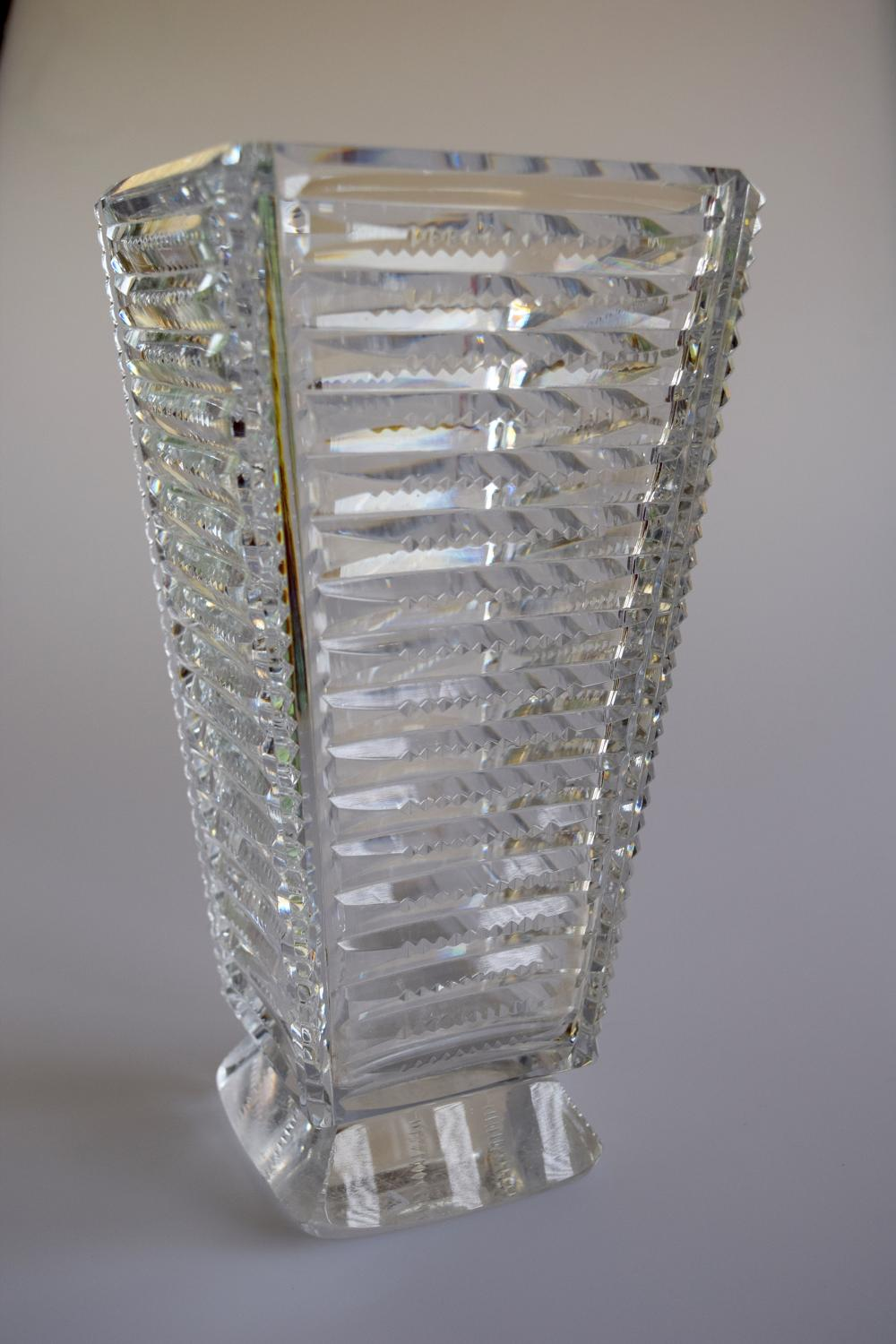 Cut glass vase 1274