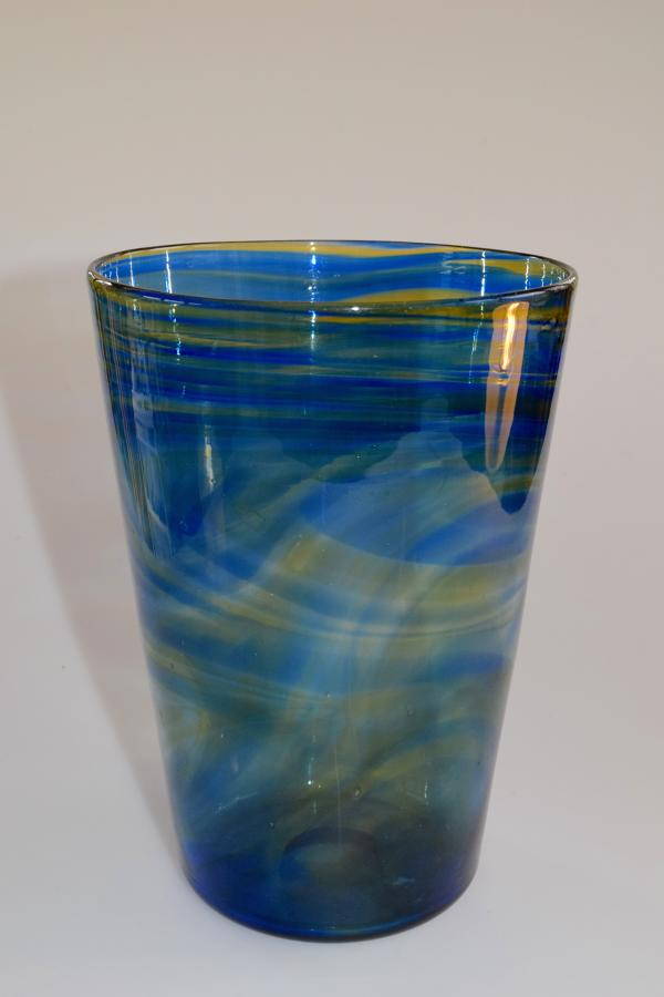 Streaky tumbler vase
