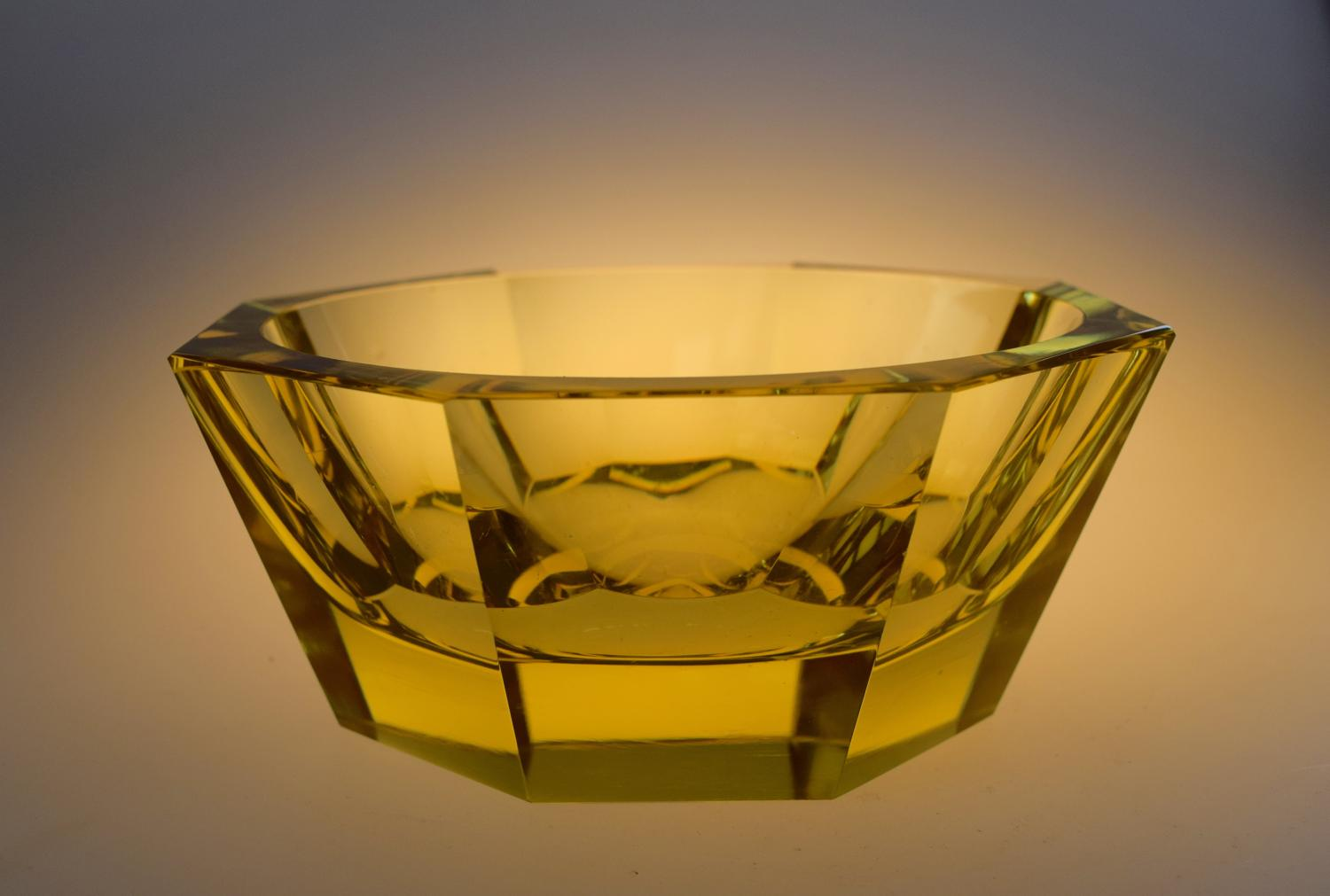 Facetted yellow Daum bowl.