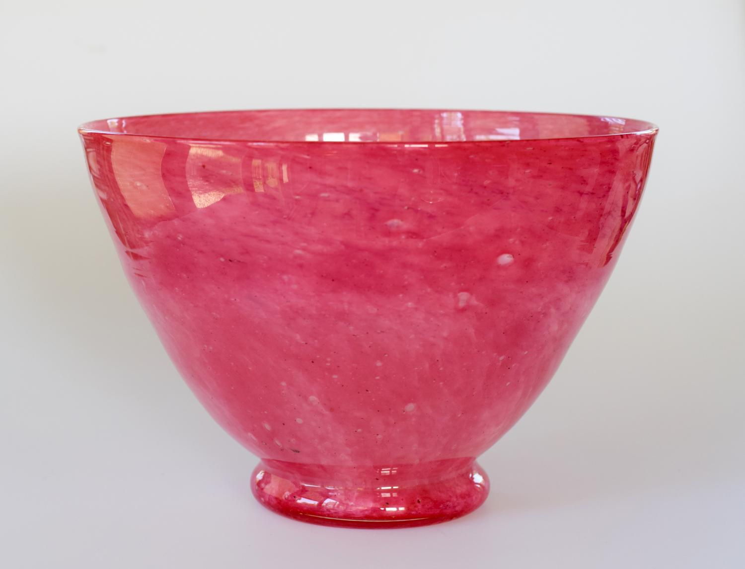 Pink cloudy bowl, Whitefriars