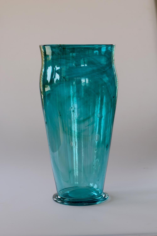 Powell streaky vase
