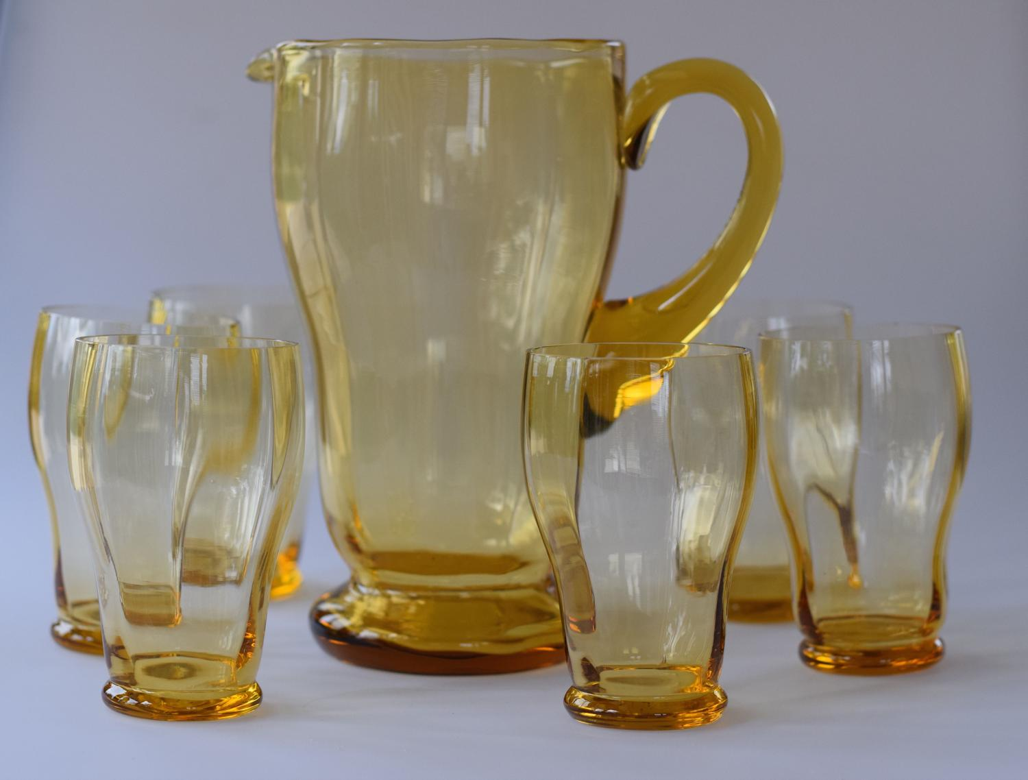 Amber jug and 6 glasses set.