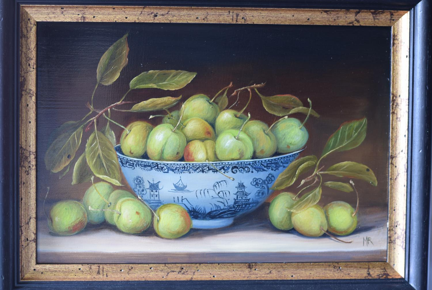 Bowl of greengages.