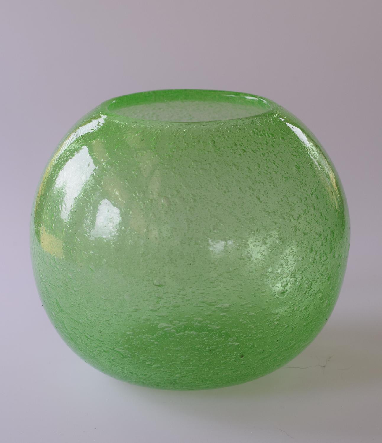 Green bubble Pompeian vase