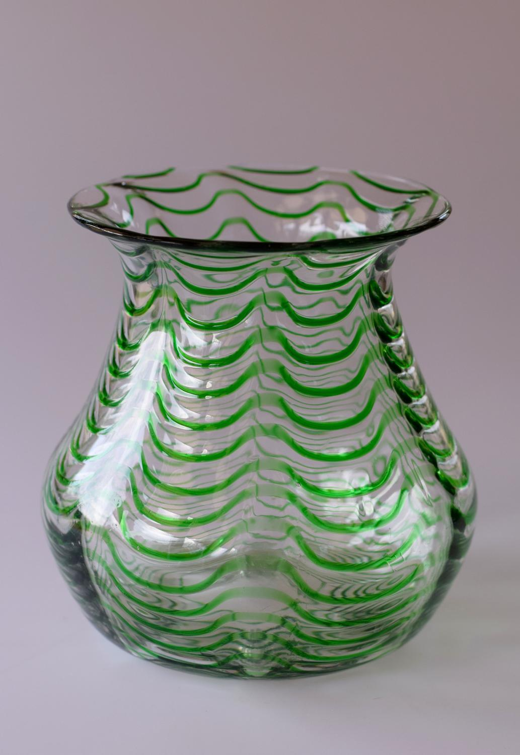Green and white wavy threaded vase
