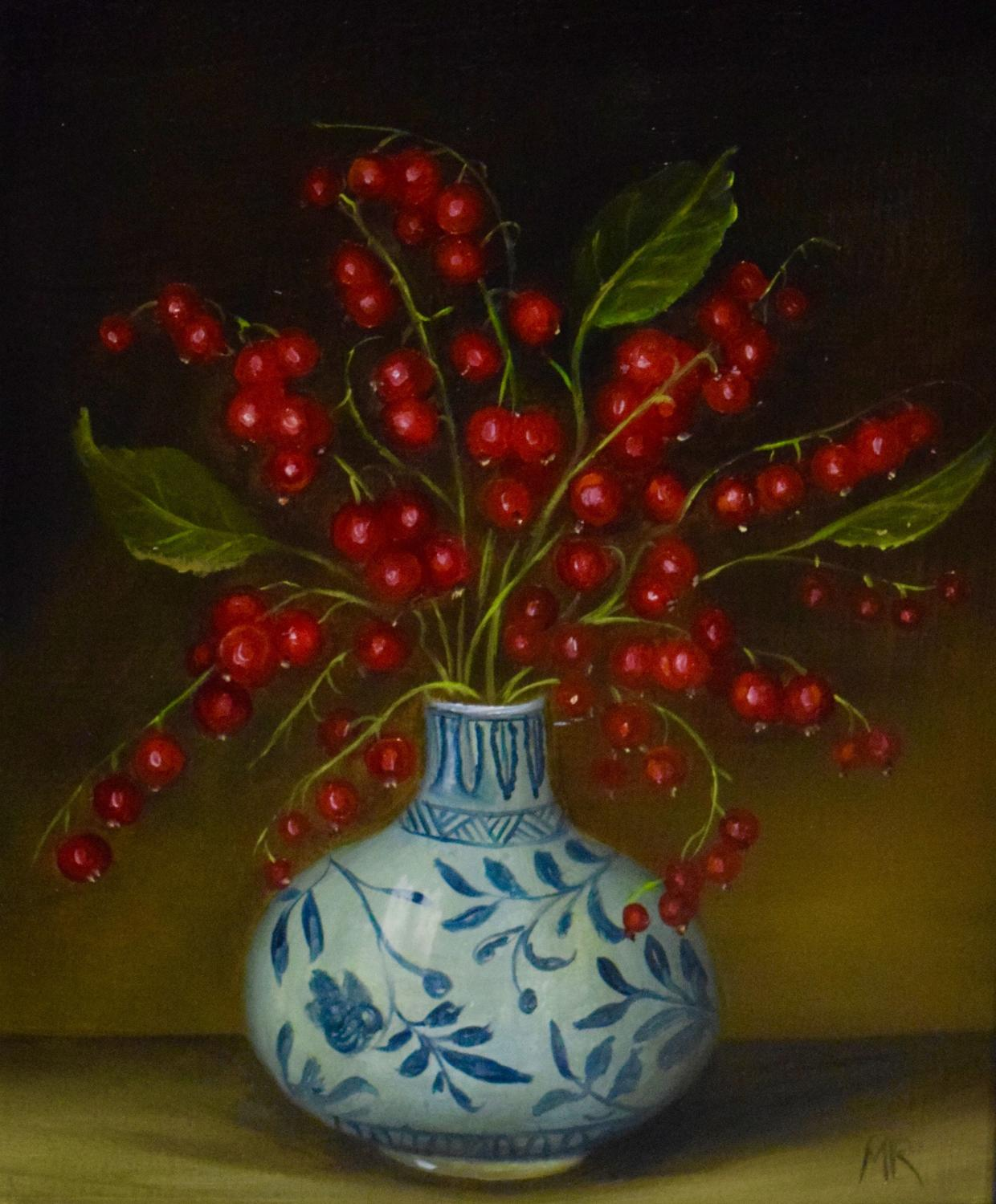 Red currants in a vase