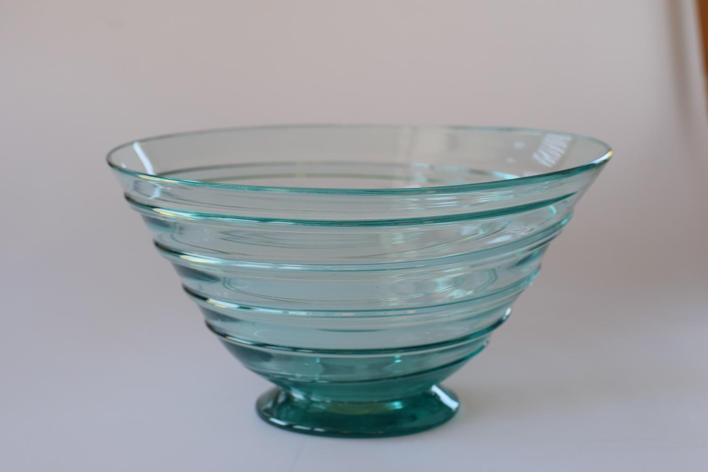 Emerald green spiral Whitefriars bowl