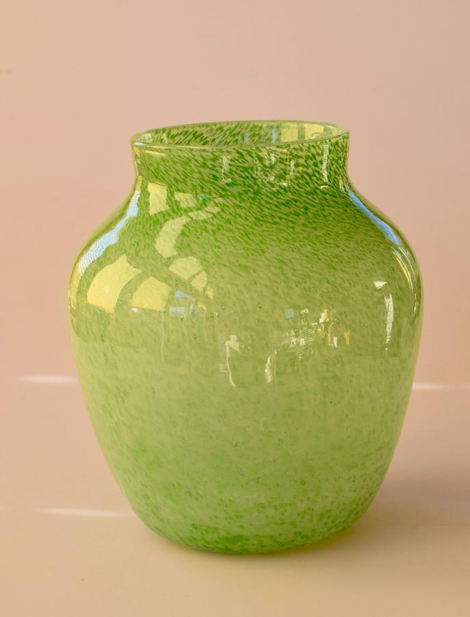 Nazeing cloudy green vase