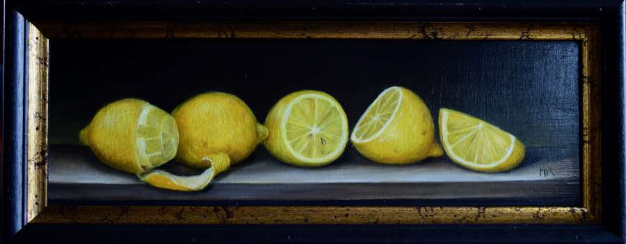 Shelf of lemons