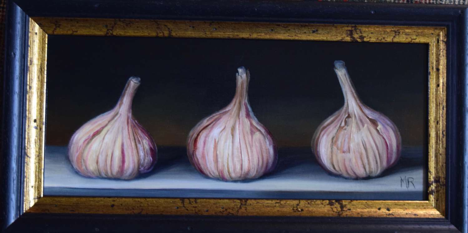 3 garlic bulbs