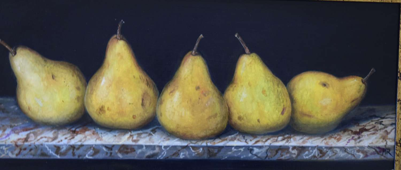 Shelf of pears